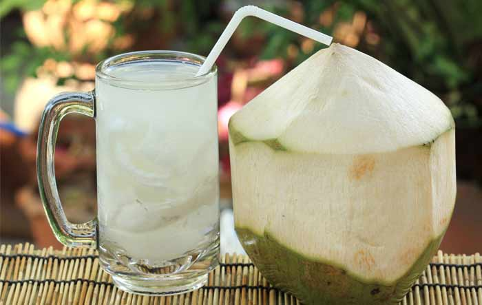 How to use coconut water for skin